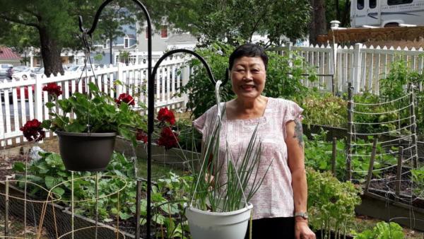 Gardening at Lake Ridge Fellowship House